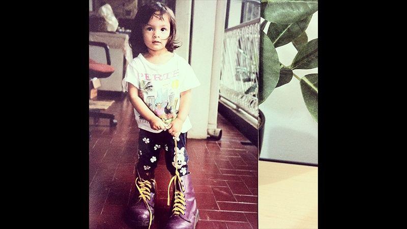 Foto Foto Chelsea Islan - Chelsea Balita Pakai Sepatu Boot