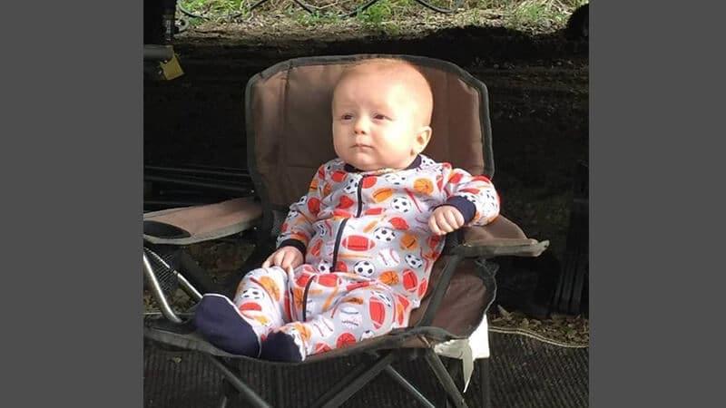 Foto foto bayi lucu - Ekspresi lelah