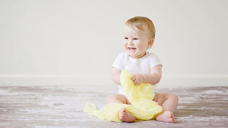 Foto foto bayi lucu - Anak kecil tersenyum