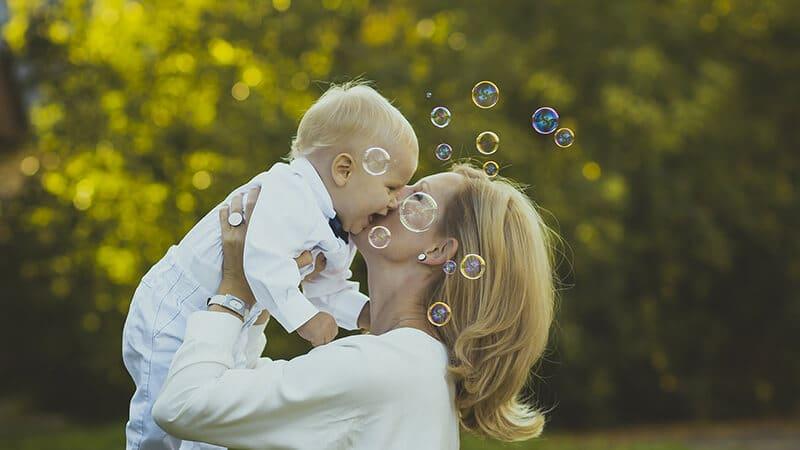 Foto foto bayi lucu - Ibu dan anak