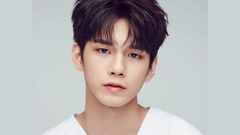 Profil Member Wanna One - Seongwoo
