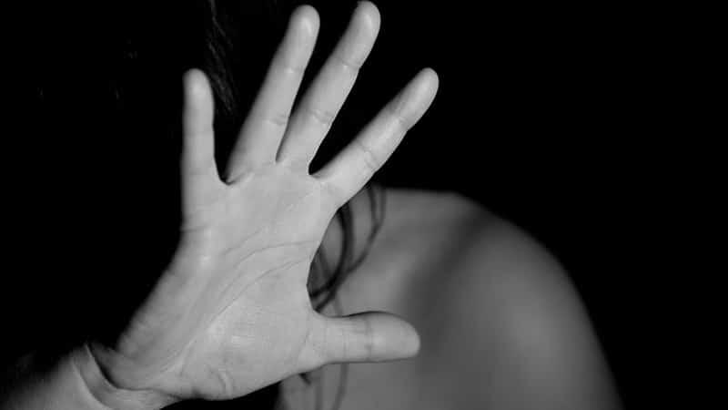Cara Memutihkan Wajah Secara Alami - Tangan Menolak