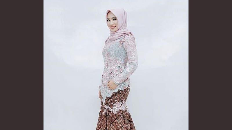 Model model kebaya modern - Inspirasi kebaya hijab
