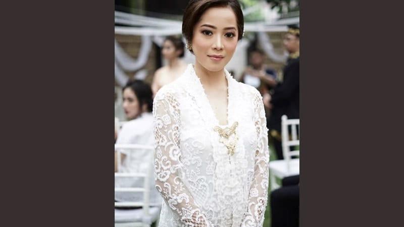Model model kebaya modern - Kebaya Kartini