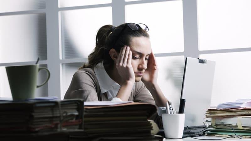 Penyebab Rambut Rontok pada Wanita - Stress pada Wanita
