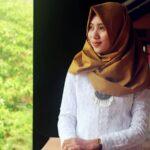 Model Kebaya Muslim Modern - Wanita Berkebaya Muslimah