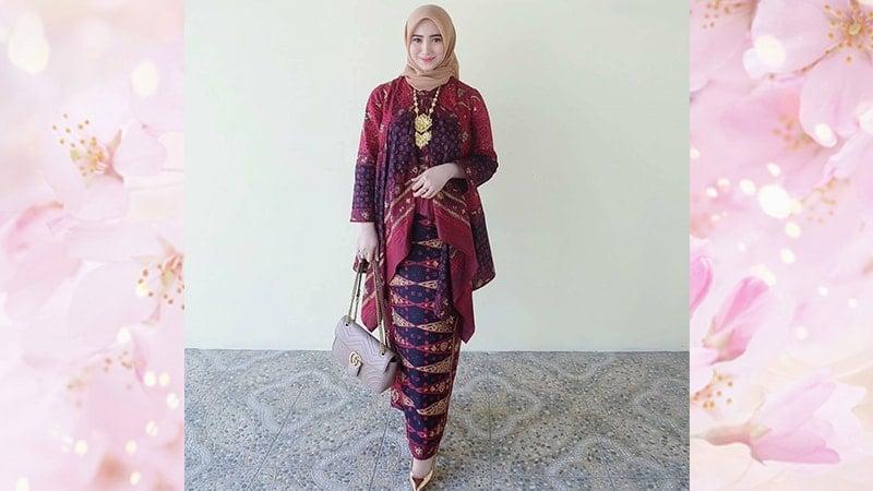 Baju Kebaya Modern untuk Pesta - Kebaya Kombinasi Batik