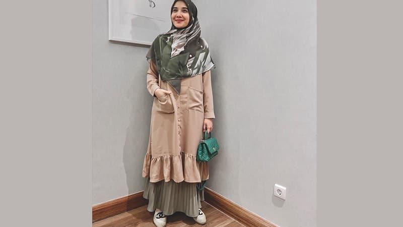 Model Baju Gamis Modern - Zaskia Sungkar