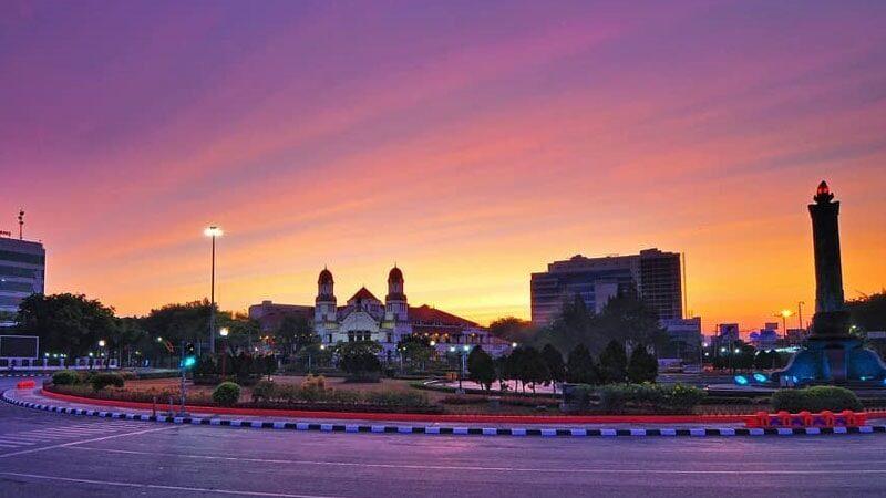 Tempat Wisata di Semarang - Tugu Muda & Lawang Sewu