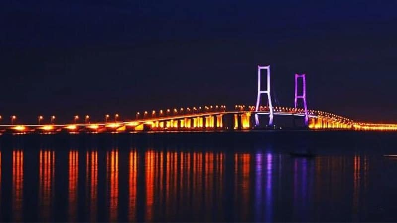 Wisata Surabaya - Jembatan Suramadu