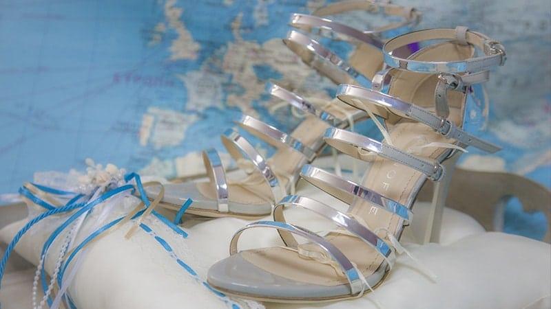 Model Sepatu Sandal Wanita - Sepatu Sandal Strappy Heels Perak