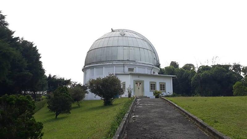 Tempat Wisata di Lembang Bandung - Observatorium Bosscha