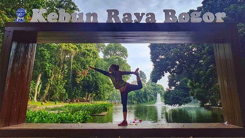 Tempat Wisata Kebun Raya Bogor - Yoga