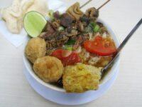 Macam-Macam Soto Nusantara - Soto Ayam Bangkong Semarang