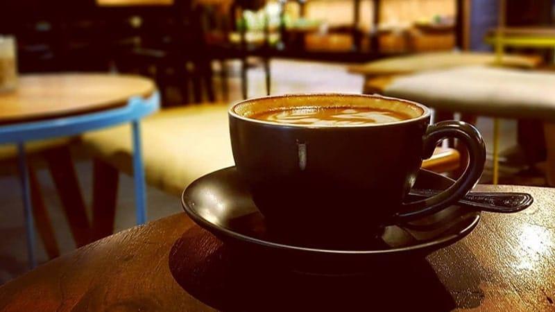Tempat Ngopi di Jakarta - 127 Cafe Kosenda Hotel