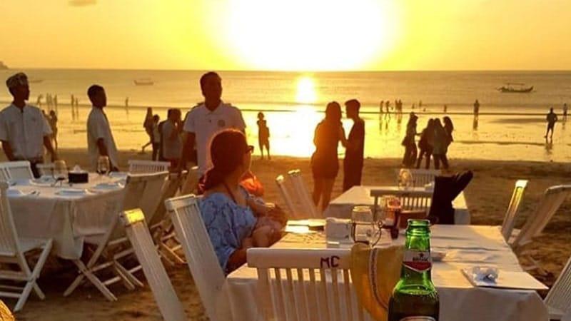 Tempat Wisata di Jimbaran - Pantai Jimbaran