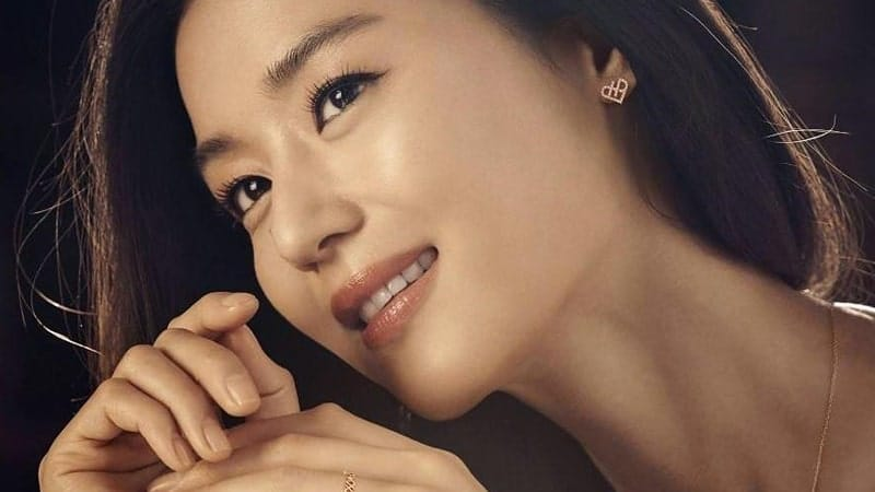 Foto Artis Korea Tercantik - Jun Ji Hyun