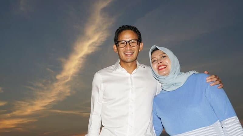 Biodata Sandiaga Uno - Bersama Istri