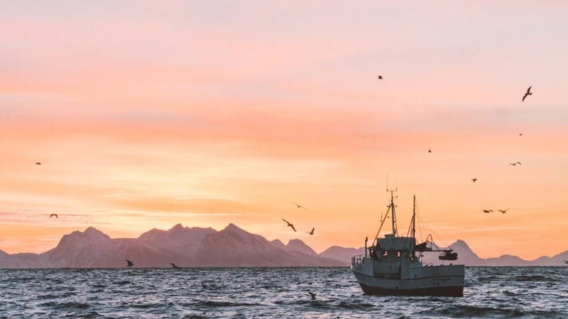 Cerita Rakyat Malin Kundang - Kapal Berlayar