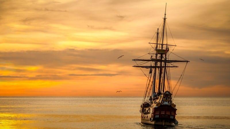 Cerita Rakyat Malin Kundang - Kapal Hendak Berlabuh