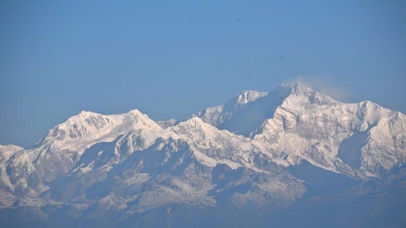 Puncak Gunung Tertinggi di Dunia - Gunung Kangchenjunga