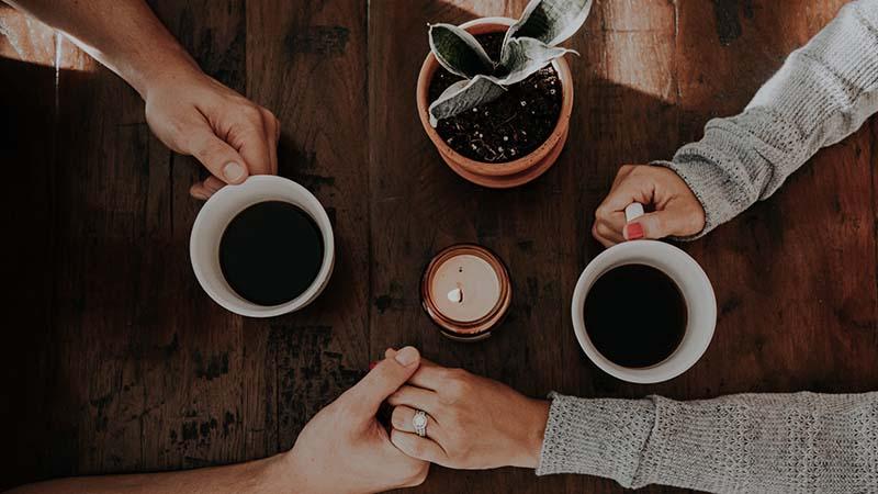kumpulan cerpen cinta romantis - pegangan tangan