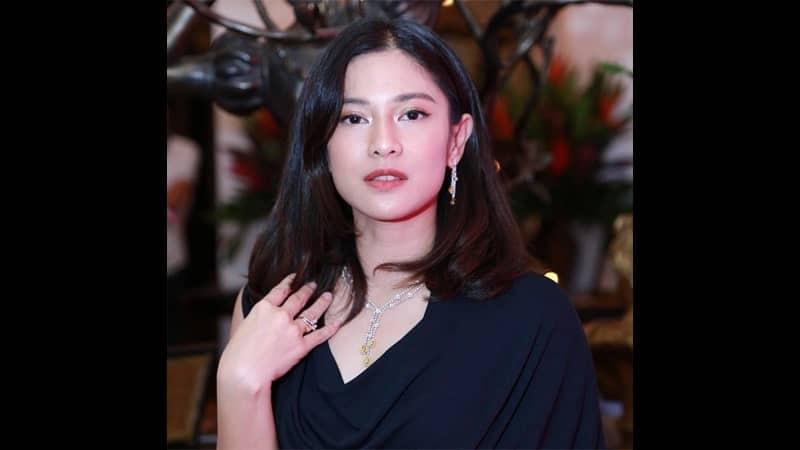 Wanita Tercantik di Indonesia - Dian Sastrowardoyo