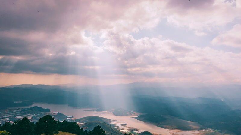 Kisah Nabi Sulaiman AS - Matahari Menyinari Bumi