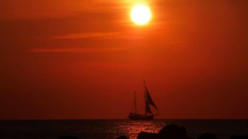 Kisah Nabi Yunus AS - Kapal Berlayar