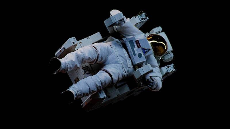 contoh teks anekdot lucu - astronot