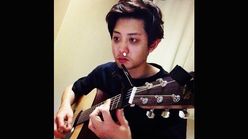 Foto-Foto Chanyeol EXO - Chanyeol Main Gitar