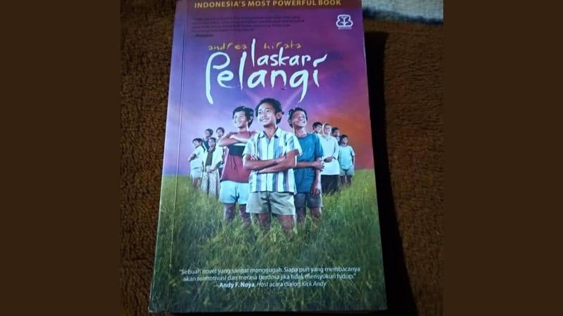 Film Laskar Pelangi - Novel Laskar Pelangi