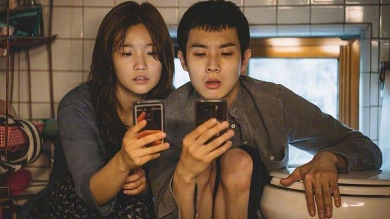 Film Parasite - Kim Ki Woo dan Kim Ki Jung