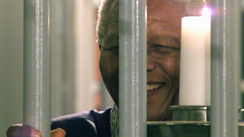Biografi Nelson Mandela - Nelson Mandela Dipenjara