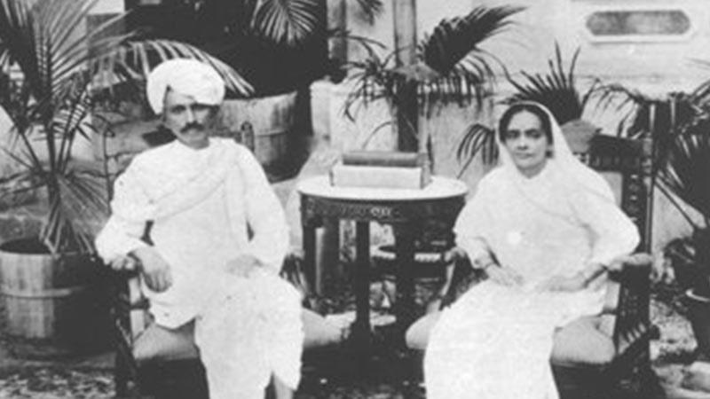 Biografi Mahatma Gandhi - Mahatma Gandhi dan Kasturbai