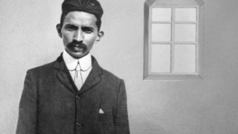 Biografi Mahatma Gandhi - Menjadi Pengacara