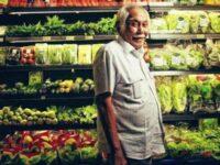 Biografi Bob Sadino - Bob Sadino dan Sayuran di Kem Chicks