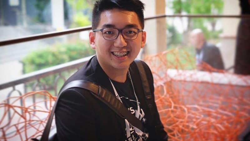 Biografi Yasa Singgih - Foto Yasa Singgih