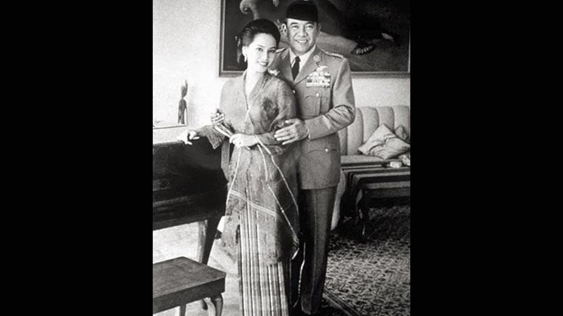Biografi Naoko Nemoto - Dewi dan Soekarno