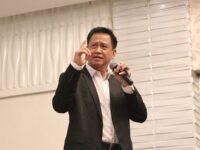 Biografi Andrie Wongso - Andrie Wongso saat Menjadi Pembicara