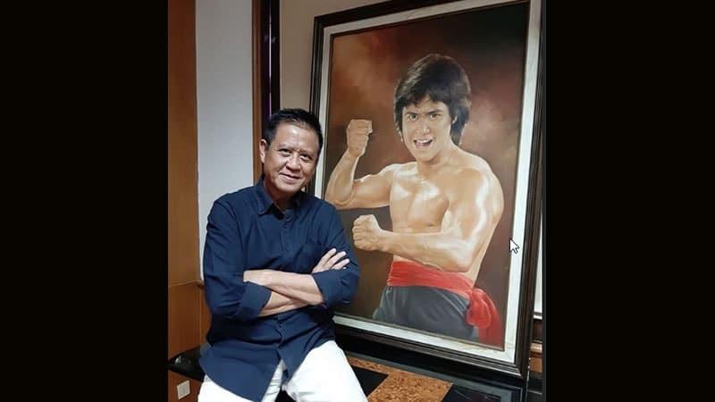 Biografi Andrie Wongso - Foto dengan Lukisan Dirinya