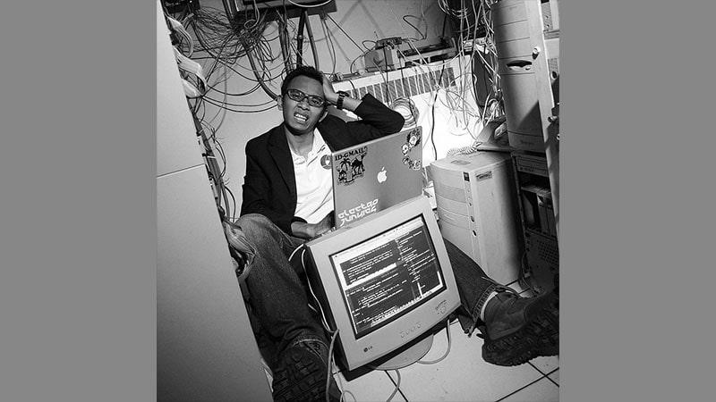 Foto dengan Komputer