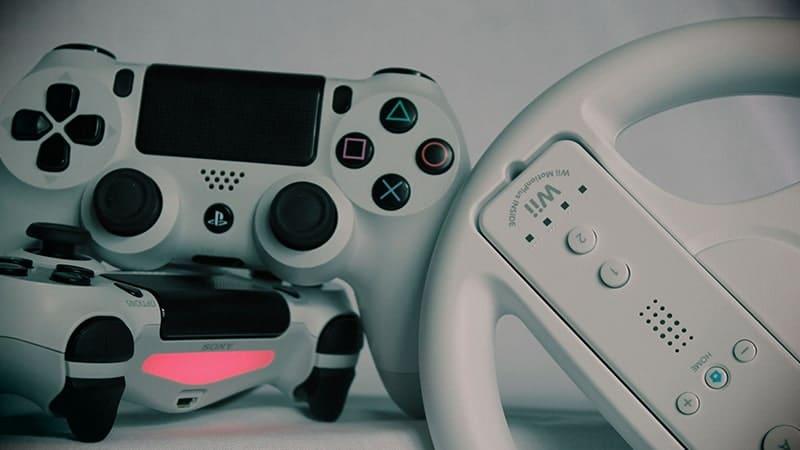 Konsol PS dan Wii