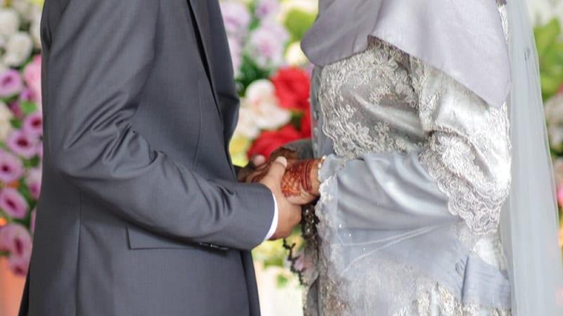 Kata-Kata Ucapan Pernikahan - Pasangan Muslim