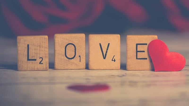 15 Kata Kata Cinta Sederhana Tapi Bermakna Kepogaul