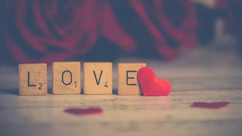 Kata-Kata Bijak Cinta Mario Teguh