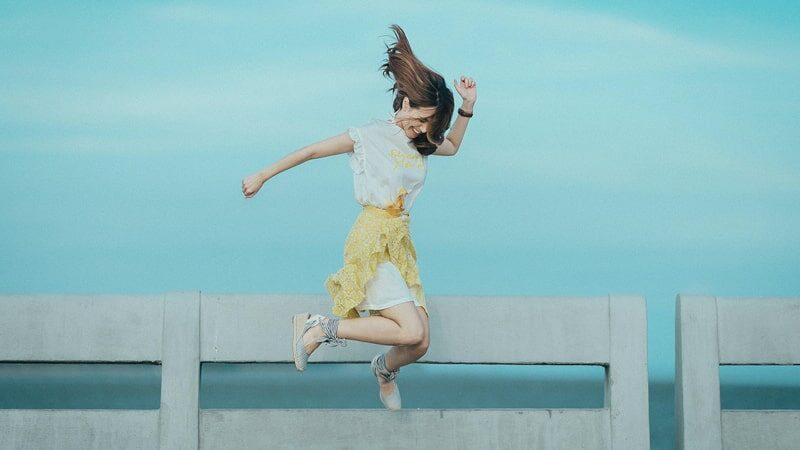 Kata Kata Bahagia Bahasa Inggris - Lompat