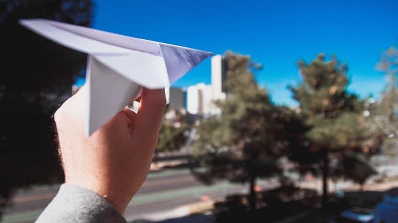 Kata-Kata Sahabat Jarak Jauh - Pesawat Kertas