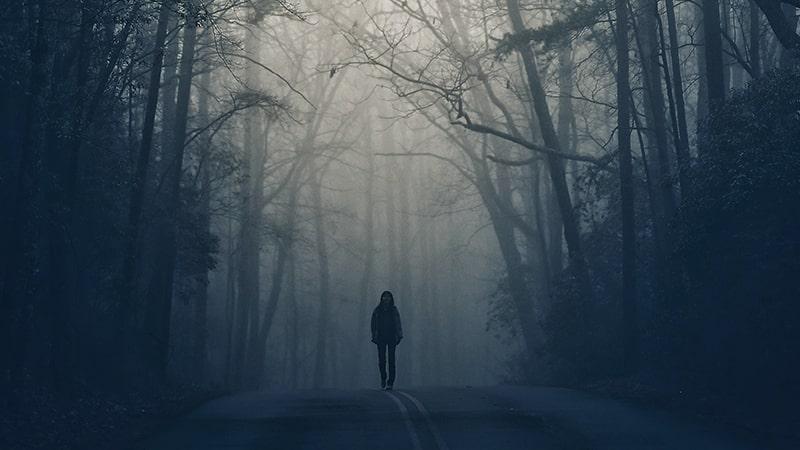 Kata-Kata Kesepian Sepi Sendiri - Berjalan Sendirian