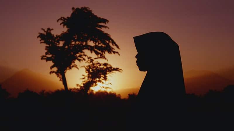 Kata-Kata tentang Hijab - Matahari Terbenam